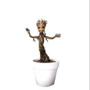 Dragon Models 18cm Guardians of Galaxy - Baby Groot Model Kit, Action Hero Vignette