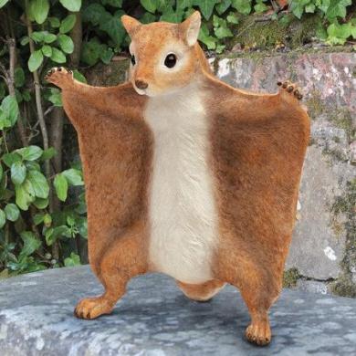 Design Toscano Lindburg, the Flying Squirrel Statue