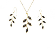 Gold Leaf Earrings and Necklace Set - Nature inspired Jewellery by Nanostyle