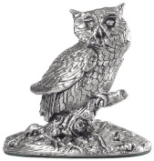 Silver owl miniature ornament.Hallmarked. A perfect luxury gift to celebrate a christening or exam success. Collectable