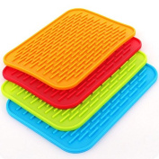 AUCH 4Pack Colourful/Heat Insulation/Non-Slip Silicone Pot Rectangle Holder/Trivet Mat/Baking Gadget Kitchen Table Mat/Tableware Pads/Coasters/Dish Drying Mats, Red/Green/Orange/Blue
