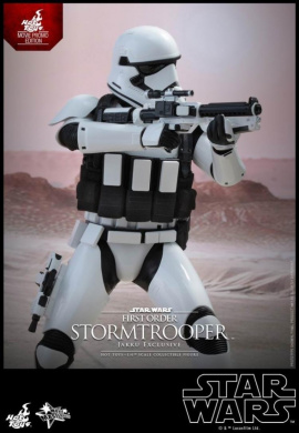 Hot Toys Star Wars Stormtrooper First Order Jakku Exclusive 1/6 Scale MMS 333
