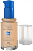 Covergirl Outlast Stay Fabulous 3-in-1 Foundation, Classic Ivory 810, 30ml