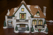 "Department 56 Original Snow Village ""Linden Hills Country Club"""