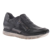 Women's OTBT Sewell Sneaker Black Leather