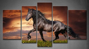 Wall art painting 5 Panel Wall Art Black Friesian Running Horse Trot On The Field On Sunset Grass And Flower Painting Pictures Print On Canvas Animal The Picture For Home Modern Decoration piece