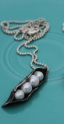 The Vintage Pearl Sweet Peas In A Pod Pewter Necklace - 4 Cultured Pearl Peas