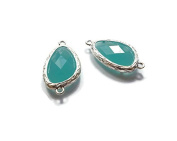 Foxy Findings Gemstone Collection Silver Plated Bezel Set Faceted Aqua Green Glass Connector Set of 1 24mm GS006-s