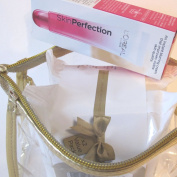 L'Oreal Paris Skin Perfection Magic Instant Blur 15ml WITH L'oreal Age Perfect 25 wipes Twin Pack in Gold Edged Zipped Gift Tote