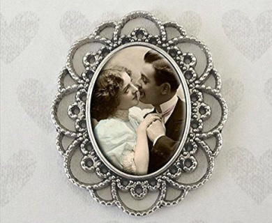Lace Pin Wedding Bouquet Photo Brooch for Pinning on Your Flowers Bonus EZ Photo Jewellery Resizer Software Download