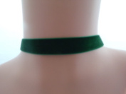 Classic Gothic choker in Green 16mm