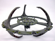 Star Trek Deep Space Nine (DS9) Space Station Diecast Metal Model and Magazine