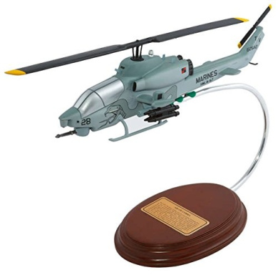 Executive Series Display Models D1244 AH-1W Cobra 1-44 USMC