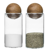 Sagaform 5017178 Salt and Pepper Shakers, 2 Units, Oak and Glass, 4.80 x 4.80 x 11.5 cm, Brown/Clear