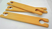 3.8cm wide 20cm long 3 pack weaving stick shuttles.