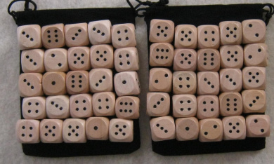 50 wooden dice (14mm, pips) with 2 Dice Bags