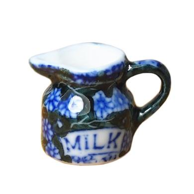 Bobominiworld Porcelain Milk Pot Dollhouse Miniatures Decoration 1:12 Scale Height 2cm Blue