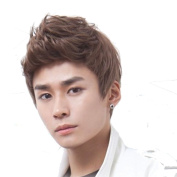 RightOn New Fashion Cool Mans Boys Short Wig with Free Wig Cap and Comb