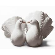 Lladro Couple Of Doves Figurine