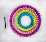 ROUND KNITTING LOOM-SET OF 4 INCLUDES HOOK AND NEEDLE