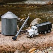 John Deere ERTL 1/32 Grain Truck with Bin and Auger Set - Plastic