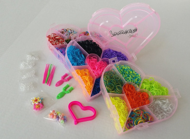 Rubber Bands For Bracelets Loom Kit - Loomeaze Crafts Rainbow Colour Bands - Jewellery Wristband Maker, Heart Storage Box - Neat Organised Supplies -.  Charms For Hottest DYI craft of the Year