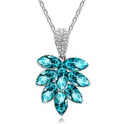 18k White Gold Plated *CLUSTER* Pendant Necklace With Blue Elements And White Diamonds