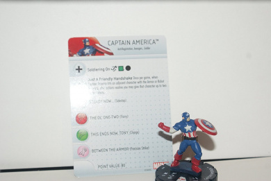 MARVEL HEROCLIX: CIVIL WAR: CAPTAIN AMERICA #001 W / CARD