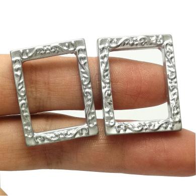 Bobominiworld 2 Small Plastic Rectangle Frames Dollhouse Miniatures Decoration 1:12 Scale Length 2.7cm Silver