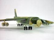 Boeing B-52 Stratofortress (BUFF) 1/200 Scale Diecast and Plastic Model