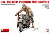 MiniArt 1:35 U.S.Soldier Pushing Motorcycle 35182 by MiniArt