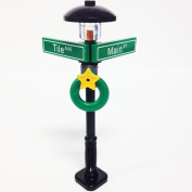 Lego Minifigure Holiday City/Town Street Sign and Lamp Post - Corner of Tile & Main