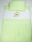 Babies Paradise 2 Piece Baby Bedding Set with Appliqué with Bear Design Green