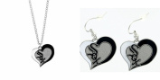 Officially Licenced Swirl Heart Necklace and Earring Set Chicago White Sox