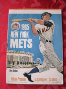 1965 Mets Game Programme vs Astros (24 pg) Scored April 15 - Fisher vs Johnson (NY 5-4 25cm , Klaus Walk-Off HR) Very Good to Excellent [Covers nearly all detached; lt wear; contents fine]