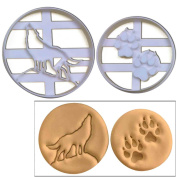 SET of 2 Wolf theme cookie cutters (Howling Wolf Full Moon & Wolf Paw Prints), 2 pcs, Ideal for vampire theme party