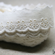 14Yds Embroidery scalloped cotton eyelet lace trim 2cm YH135