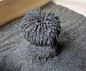MagZen™ Natural Magnetic Magnetite Sand (Black) 0.5kg - Mined from the Ground in Arizona USA