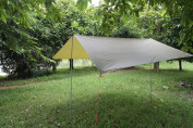 ELEOPTION Portable Lightweight Waterproof Survival Tarp Shelter Suitble for 3 to 4 Person 2.9m by 2.9m with 6 Rings AsOutdoor Rain Tarp Tent Tarp Shelter Sun Shade