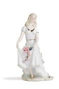 Victorian Lady Figurine Spring Stroll Porcelain Statue Vintage Women Figures 30cm