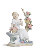 Victorian Girl Figurine Little Lady Sitting in Garden Porcelain Vintage Figure 25cm