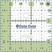 Riley Blake Designs - Cute Cut Ruler by Lori Holt - Square 6.4cm X 6.4cm