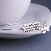 "Ingooood 2017 Graduation Gift ""She Believed she could so she did"" Charms Bachelor Cap Bracelet Jewellery"