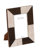 . 4x6 Wooden Photo Frame / Picture Stand in Black & White with Geometr