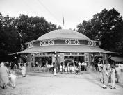 1920-1935 Carousel, Glen Echo Park, MD Vintage Photograph 22cm x 28cm Reprint