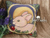 New Royal Collection Handmade Wool Needlepoint Cushion Cover/ Pillow Sham NP071