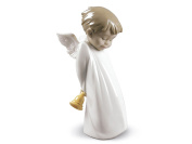 SHY LITTLE ANGEL Ornament Nao Porcelain By Lladro 2001889
