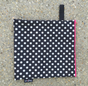 Luv Bug Wet Bag for Cloth Nappies, Swimwear, and Burp Cloths, Polka Dots with Pink Zip