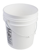 Hudson Exchange Economy 90 Mil HDPE Bucket with Handle, 18.9l White