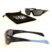 NFL Team YOUTH Size Quake Style Sport Sunglasses With Protective Cloth Lens Cleaning Bag In Original NFL Box